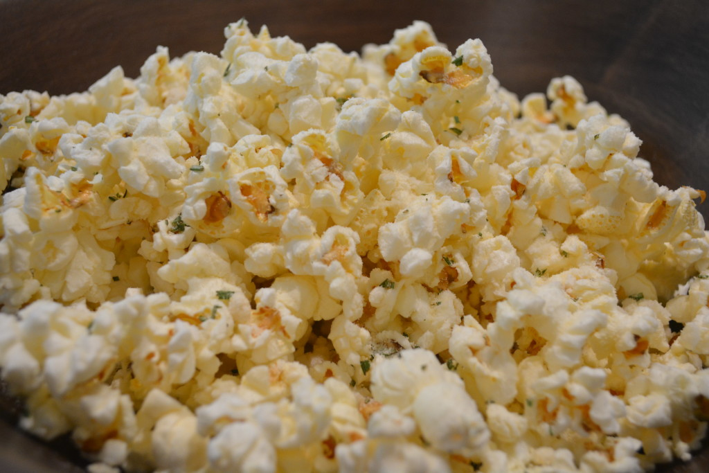 Sicilian popcorn: So easy to eat, in a matter of time, this bowl will 'Sleep with the dishes'
