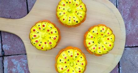 "Painted Pumpkin ""Pizza"" DIY"