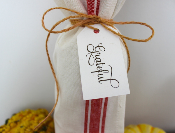 Sonoma Coast Chardonnay hostes gift wrapped bottle