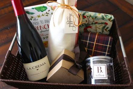 10 Holiday Hostess Gifts for Wine Lovers