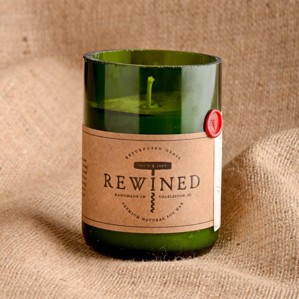 Hostess gift inspiration: Wine bottle candle