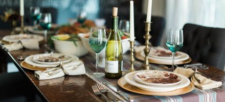 5 Terrific Tips to Make Thanksgiving Entertaining a Breeze