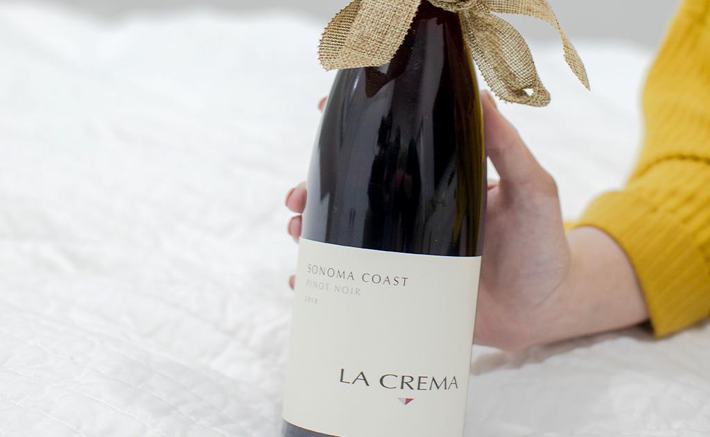 La Crema Sonoma Coast Pinot Noir Gift