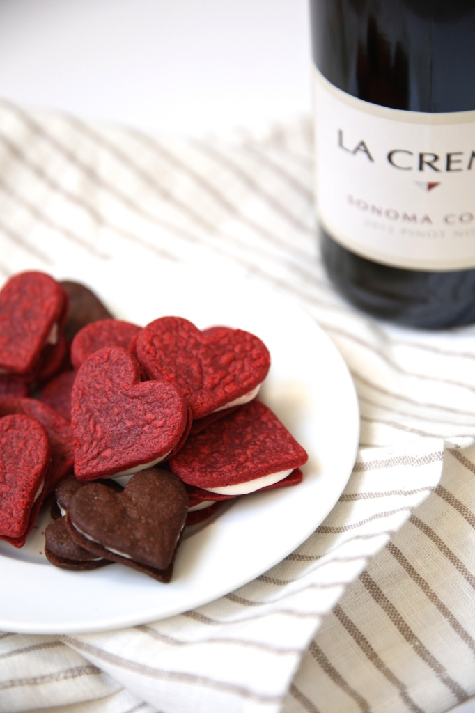 Beautiful Valentine's Day cookies—Get the recipe!