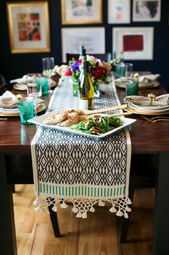 Tips for hosting a dinner party.