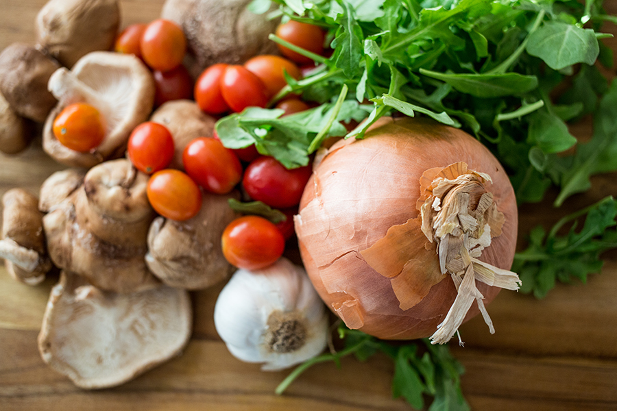 rustic mushroom and arugula pasta