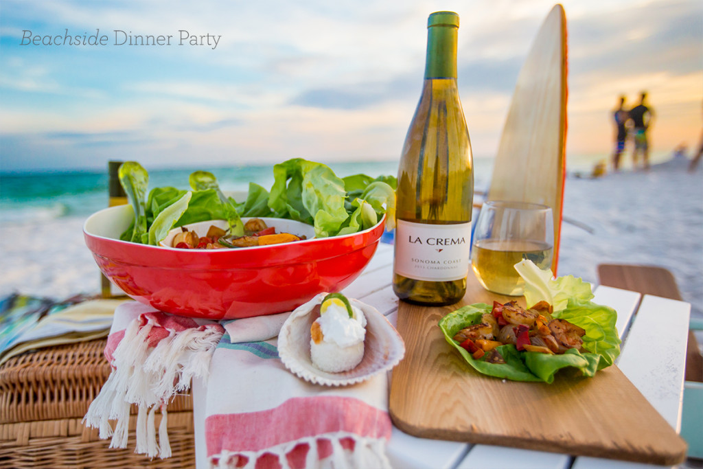 Beachside dinner party- love this easy menu perfect for a dinner party in the sand!
