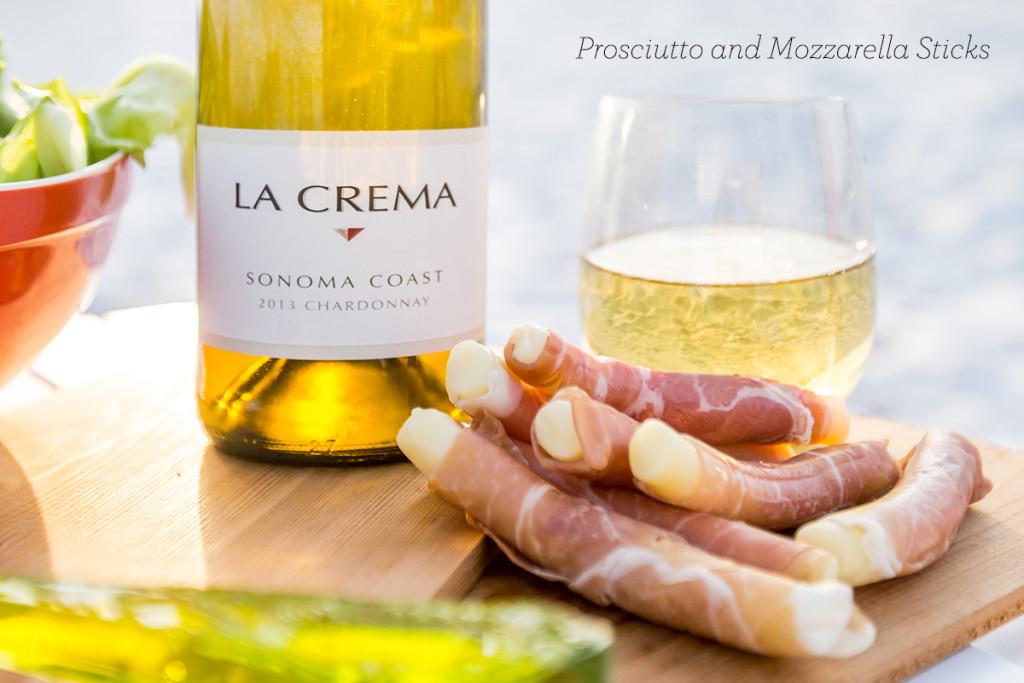 Prosciutto and Mozzarella sticks- super easy and so delicious! Perfect for parties!