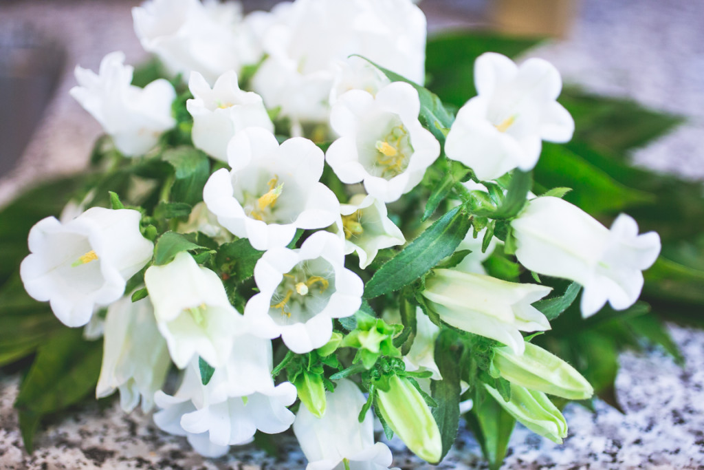 Summer Entertaining Simplified - flowers