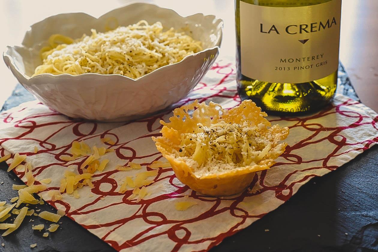 Easy Italian: Cacio e Pepe Pasta - La Crema