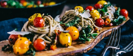 Farmers Market Soba Noodles with Spicy Chimichurri and Crispy Kale