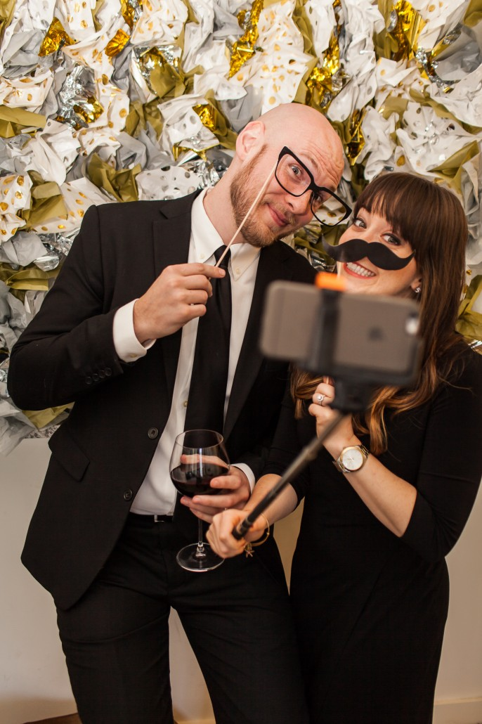 diy photo booth small bites for new year 39 s eve la crema. Black Bedroom Furniture Sets. Home Design Ideas