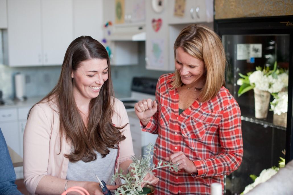 How to host a flower arranging class