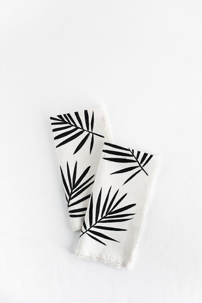 DIY Palm Leaf Napkins