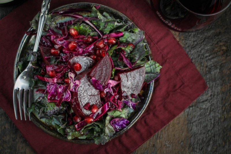 Winter recipes: All-Red Winter Detox Salad