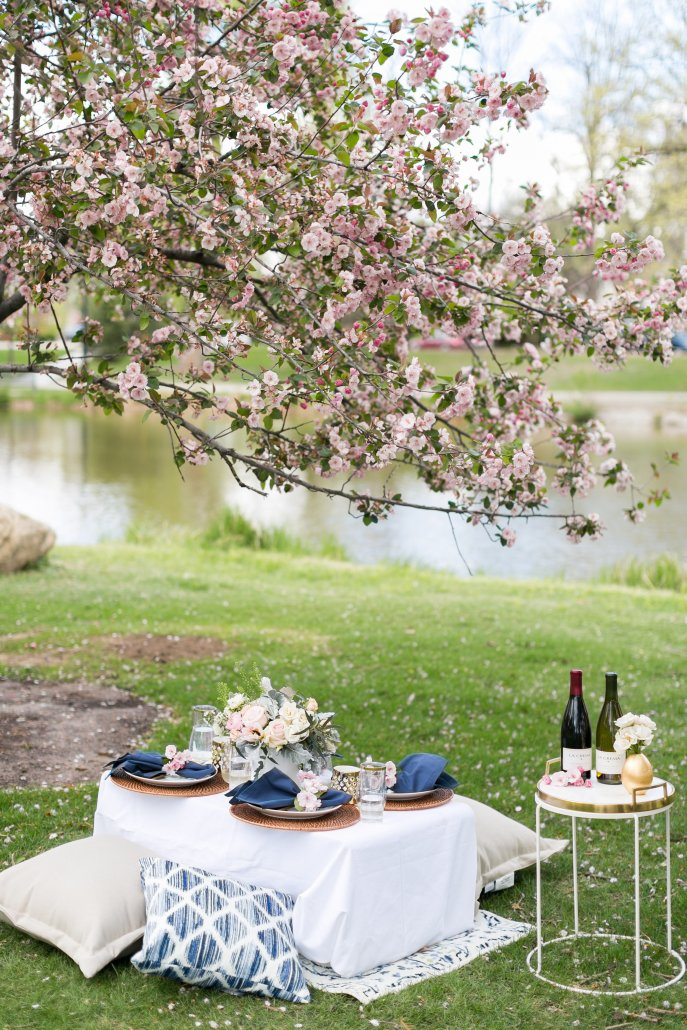 Entertaining with La Crema: Hosting an epically glamorous spring picnic