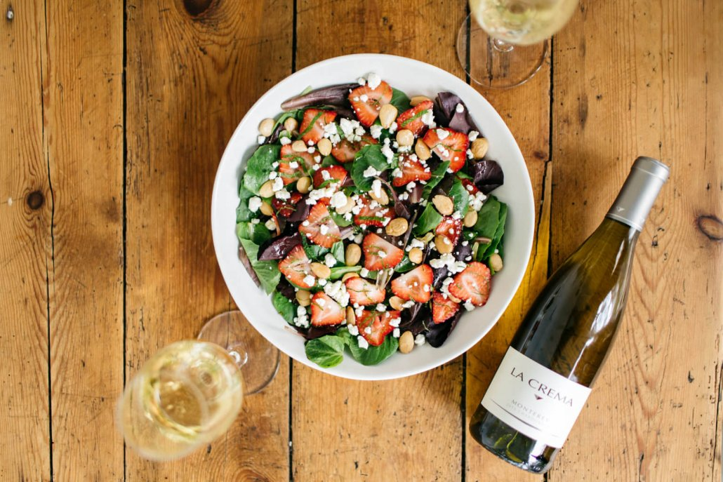 Spring Entertaining - Baby Lettuces Salad with Goat Cheese and Strawberries