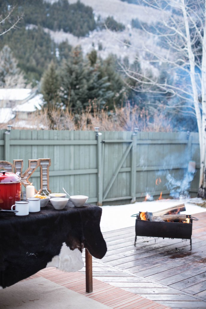 How to Host an Après Ski Party