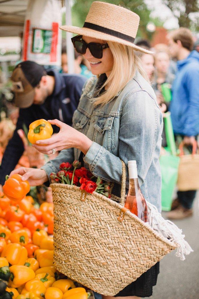 Sunday Farmers' Market Picnic