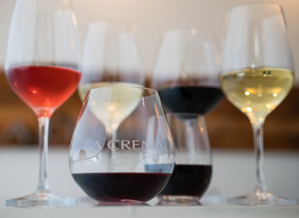 Wine 101 - How do wine glass shapes affect the wine?