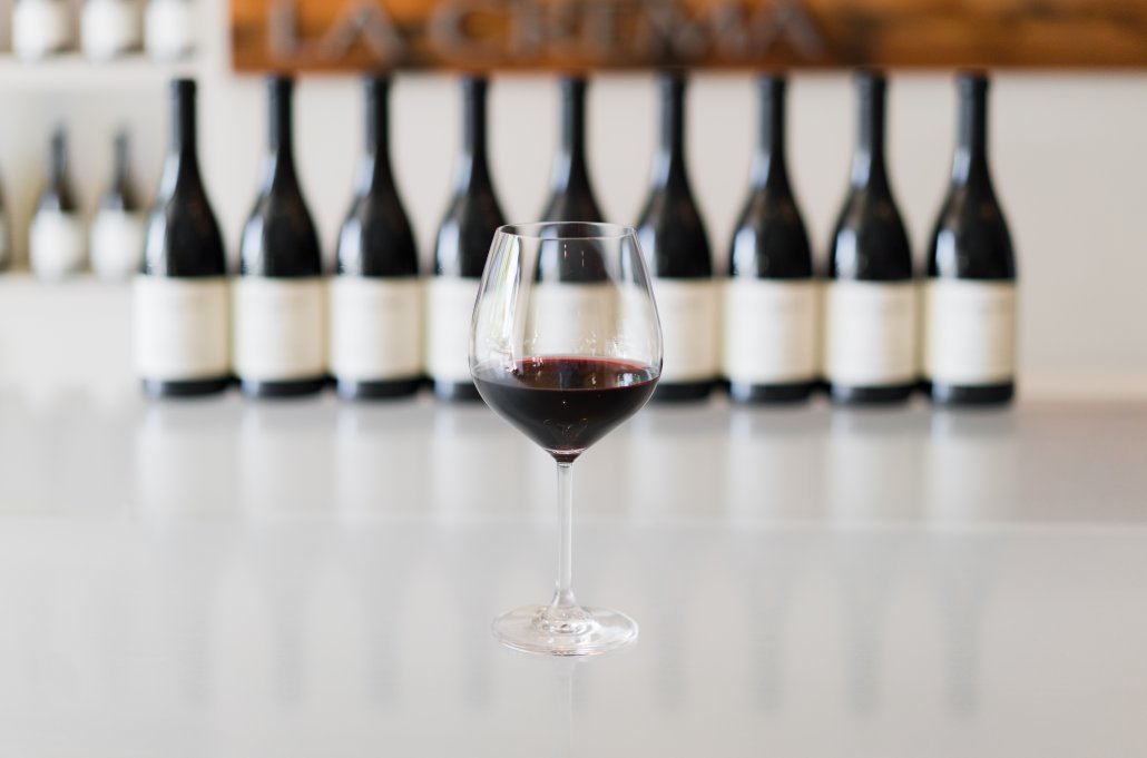 Taste the distinctiveness of La Crema Pinot Noir.